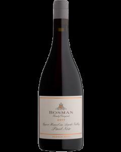 Bosman Magnum Opus Upper Hemel en Aarde Valley Pinot Noir 2017 wine bottle shot